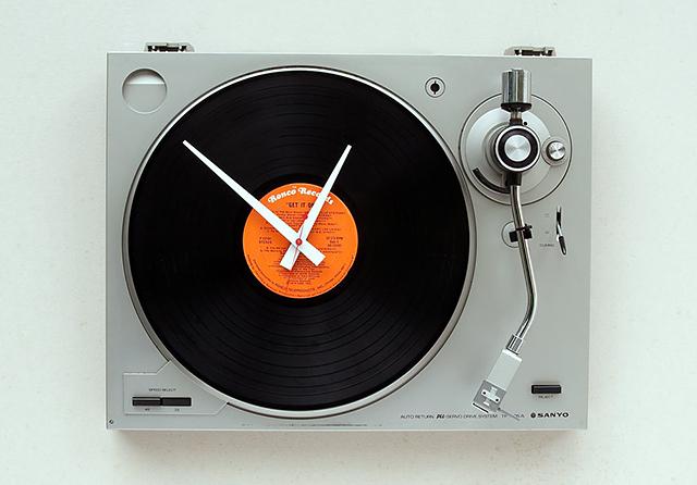 海外のリサイクル時計