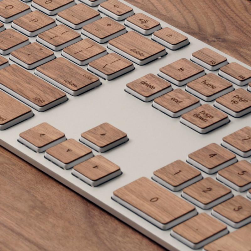 木目のキーボード-2